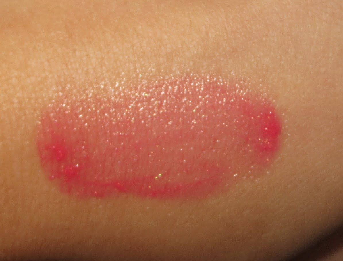 Giorgio Armani Blushing Fabric #1 Translucent Strawberry swatch