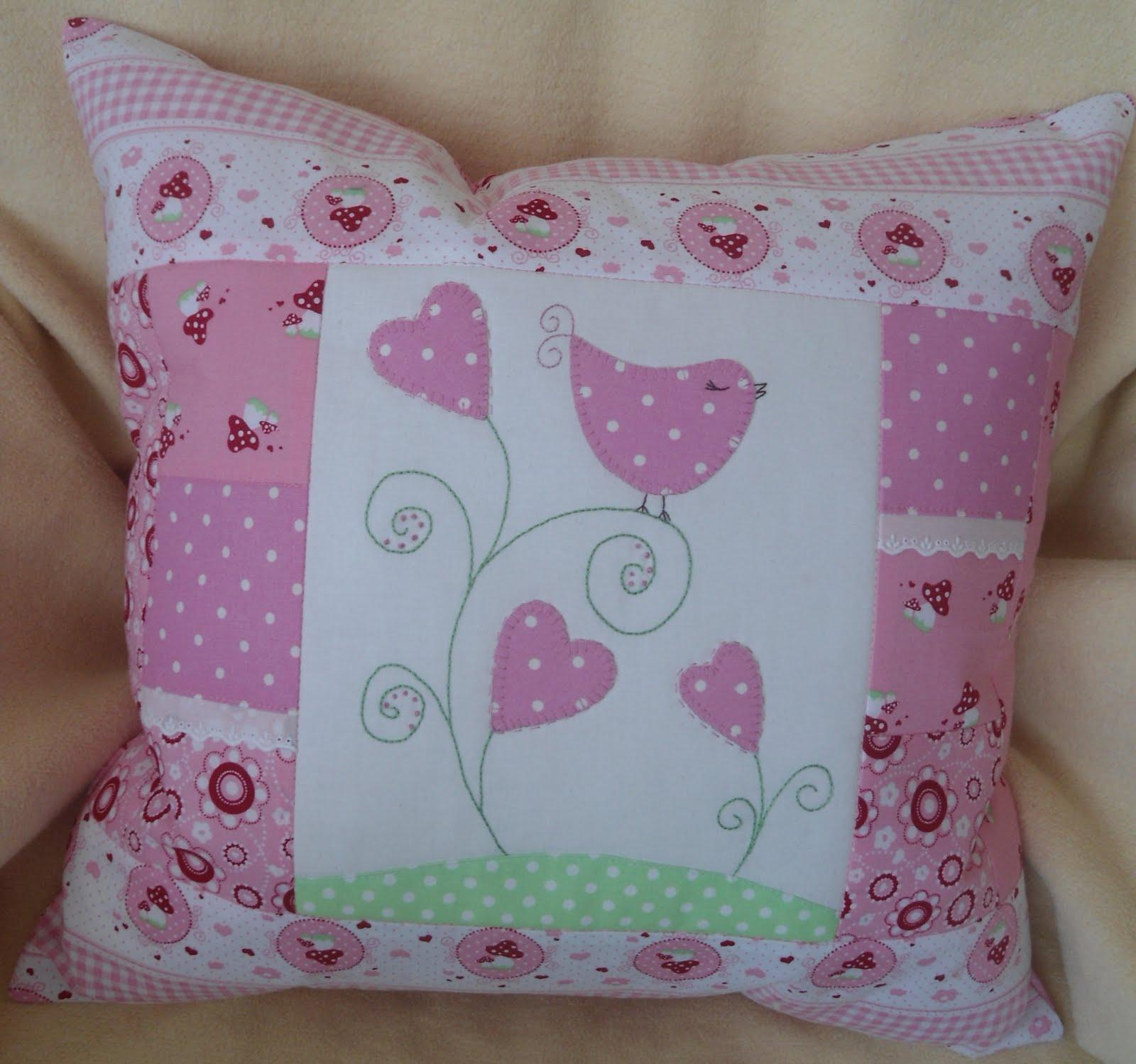 Как сшить подушку для девочки