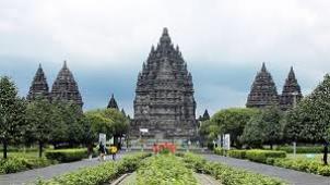 Cerita Wisata Candi Prambanan