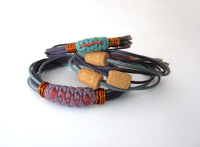 https://www.etsy.com/listing/226971145/ethnic-tribal-boho-folk-stacking-bangles?ref=shop_home_active_4