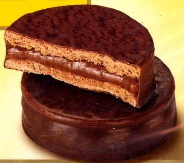 Alfajores De Chocolate (Argentine Chocolate-Dulce De Leche Sandwich ...