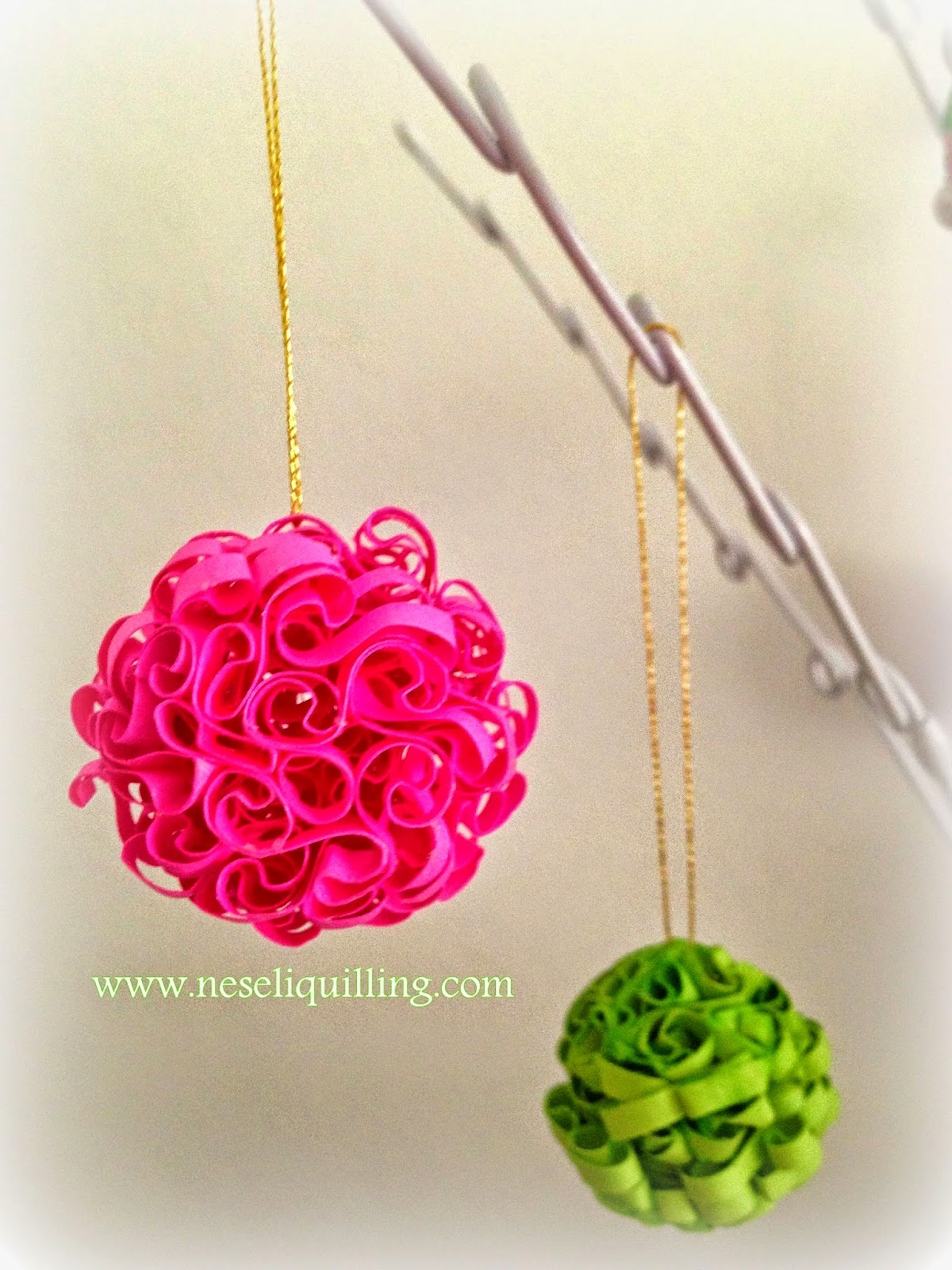 quilling new year orniment