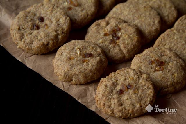 biscotti integrali ai fiocchi d'avena.