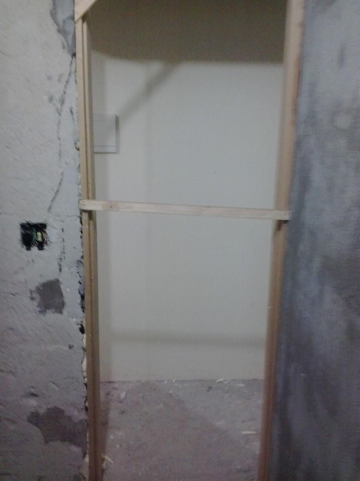 banheiro esta sem cara de banheiro rsrsrs Esses X em fita crepe  #746657 1200 1600