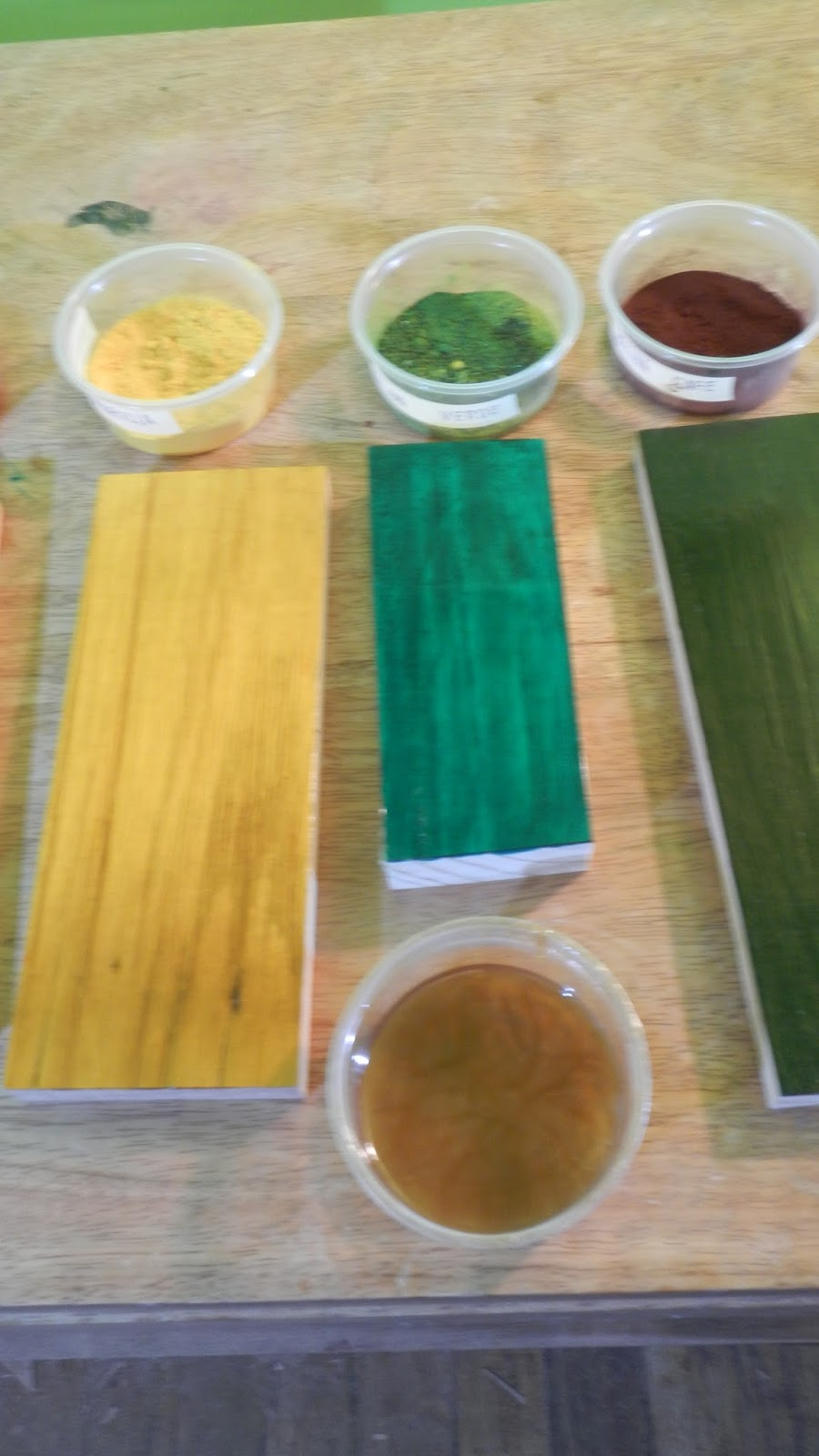 Decoraciones manualidades en madera que son los tintes de - Tinte para pintura ...