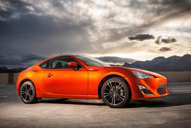 Scion FR-S (Hot Lava)