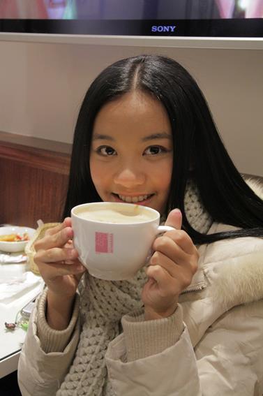 Member JKT48 Favorite Versi Fans Jepang : Member yang udah graduate. Cleopatra