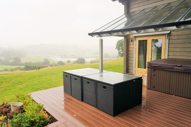 View of the golf course from hunter lodge celtic manor Outdoor Hot Tub