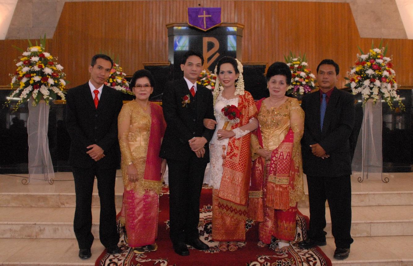 Mine Persiapan Pernikahan