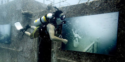 Amazing Underwater Art Gallery- 15 Images