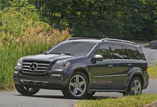 Mercedes-Benz-GL-Class-2011