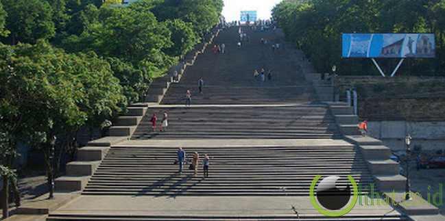 The Potemkin Stairs, Ukraina