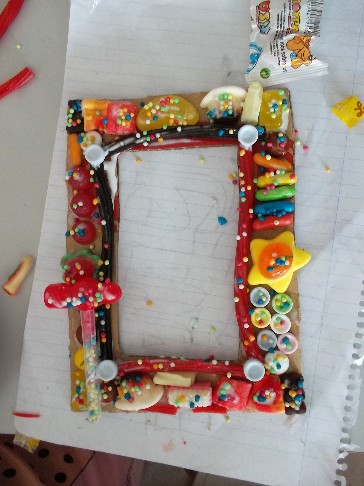 MANUALIDADES | Día de la madre: marcos de fotos con chucherías ~ La ...
