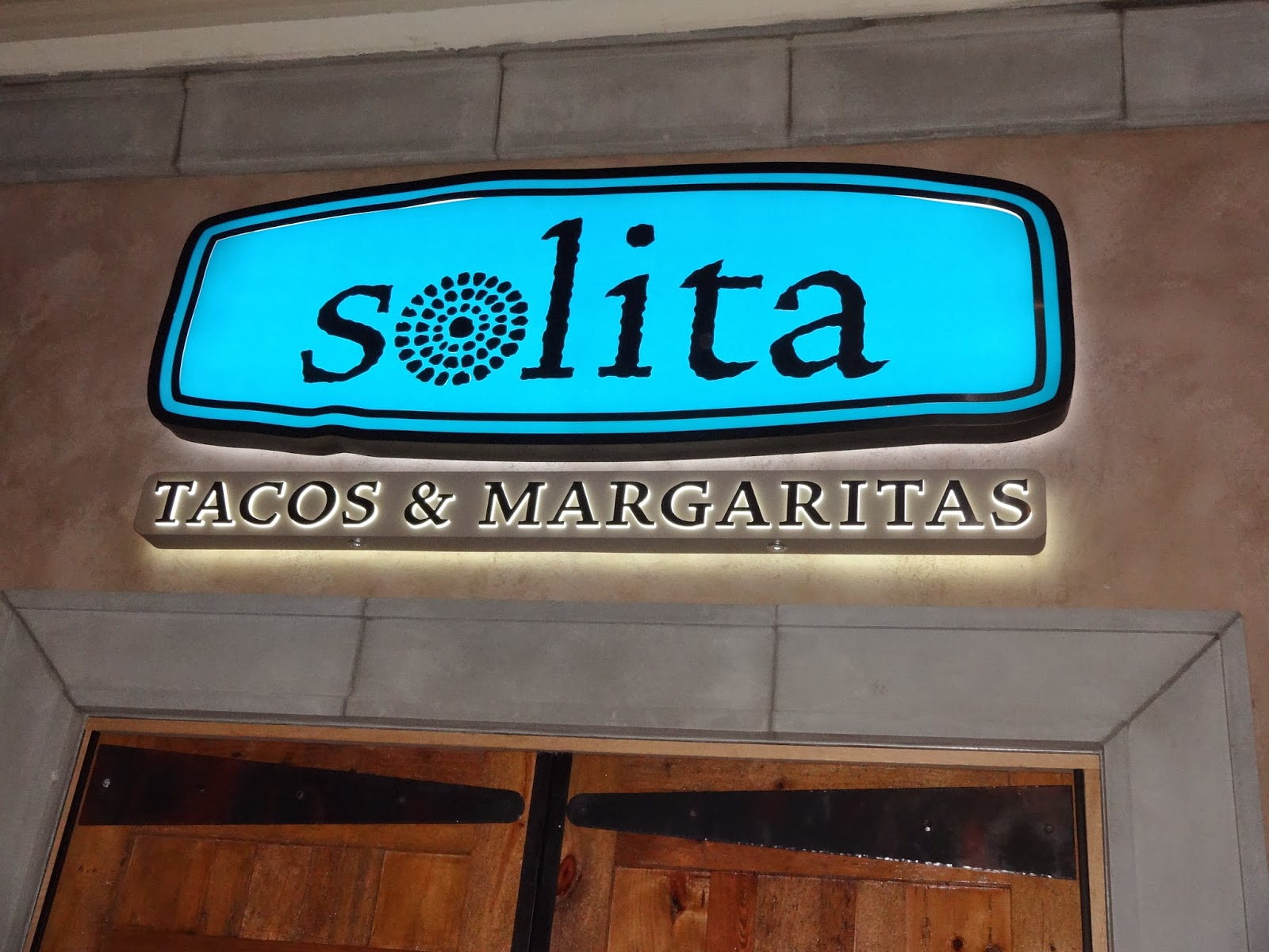Eating My Way Through OC: Good Things to Come at Solita\'s Preview Night