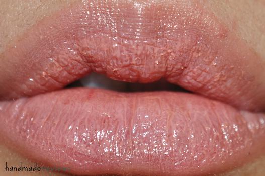 Pink Lip glosses Heidi D
