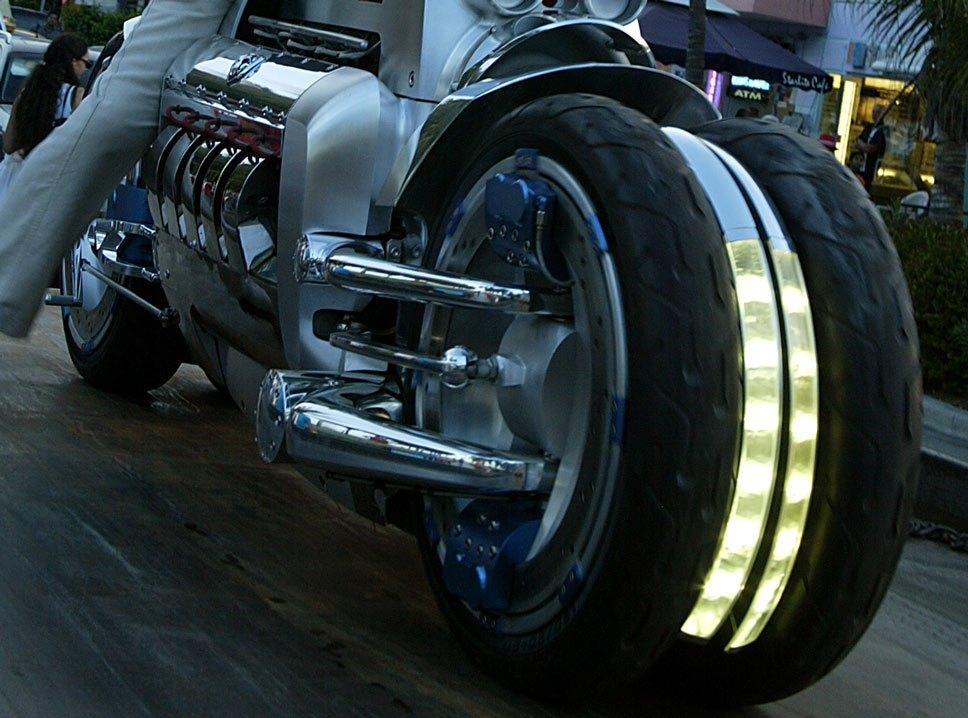 Fast Bikes Online Dodge Tomahawk Specs