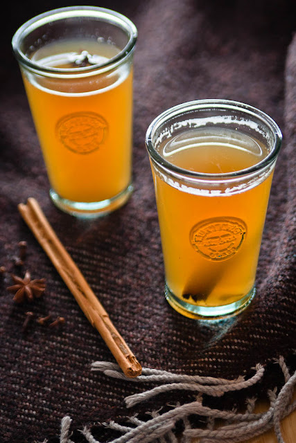 mulled beer with cinnamon and star anise