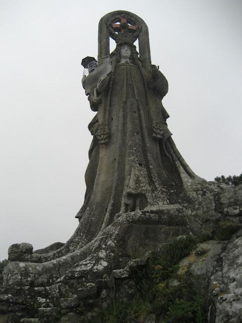 Virgen de la Roca en Baiona