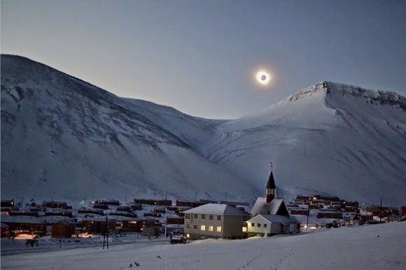 Photo of total eclipse by Tine Mari Thornes in Norway.