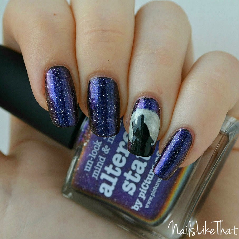 Howling wolf nails