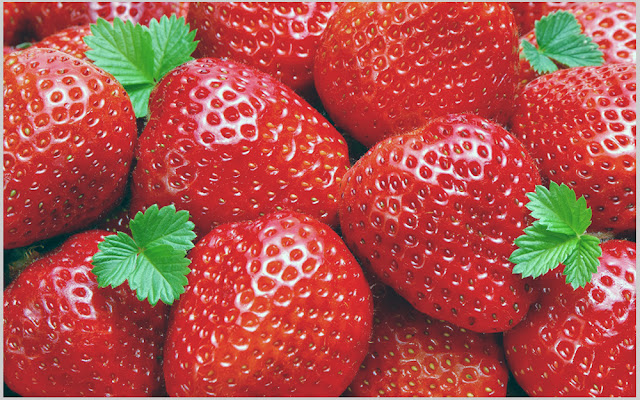 Strawberries for teeth whitening