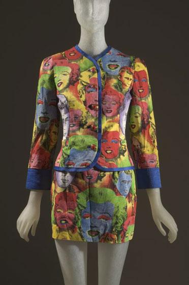 Gianni+Versace-suit-multicolor