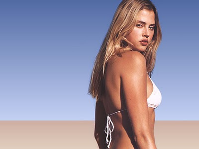 estella warren wallpaper. Estella Warren Pose