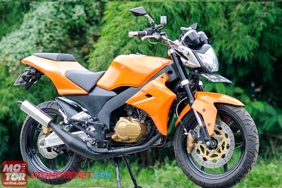 Modifikasi Yamaha RX King si Raja Jalanan title=