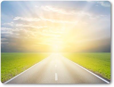 如果你念佛誦經,卻不能見性,無法解脫,那麼還是不能到達彼岸,這樣修行一點益處也沒有,所以修行一定要開悟。