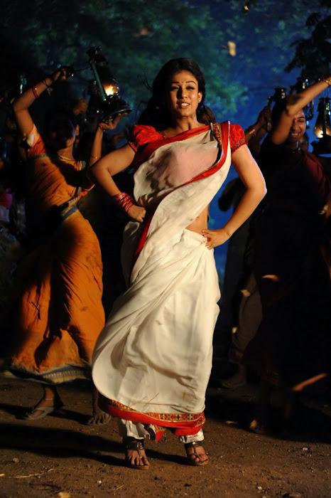 nayanthara in saree spicy hot photoshoot