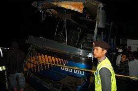 Kecelakaan Cisarua Bus Karunia Bakti