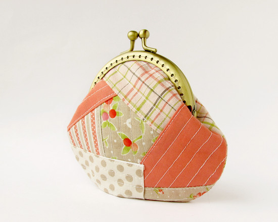 Coral coin purse, коралловый кошелек