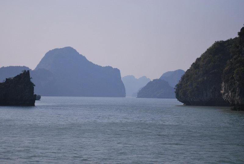 Khám phá kỳ quan thiên nhiên thế giới Vịnh Hạ Long