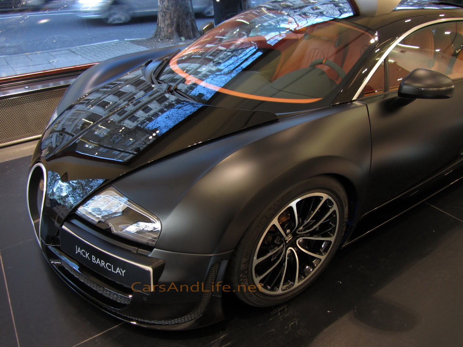 bugatti veyron super sport 1200 hp from london. Black Bedroom Furniture Sets. Home Design Ideas