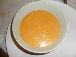 vellutata di peperoni (con pomodori pachino, carote e patate)