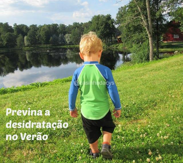 desidratação da criança no Verão