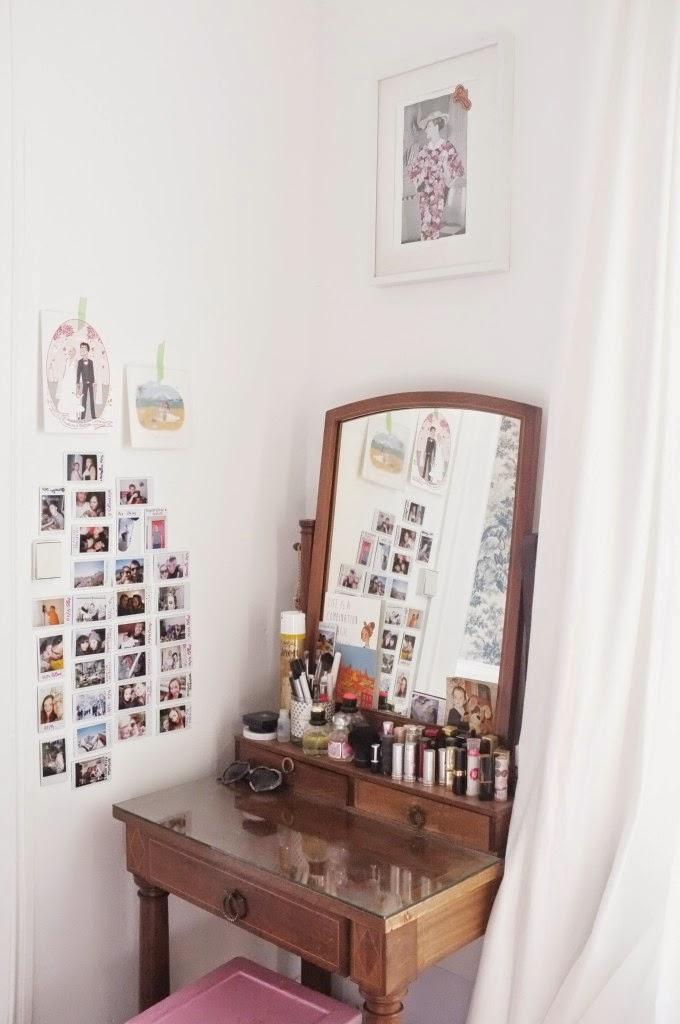 Du papier peint pour donner de la personnalité à la chambre