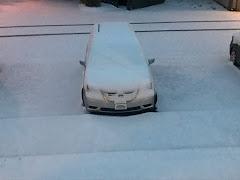 """SNOW FOLLOWS US...4""""  IN LOUISVILLE!"""