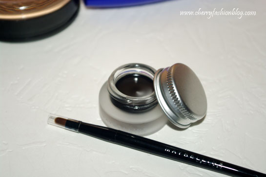 Maybelline Eyestudio Lasting Gel Liner Review