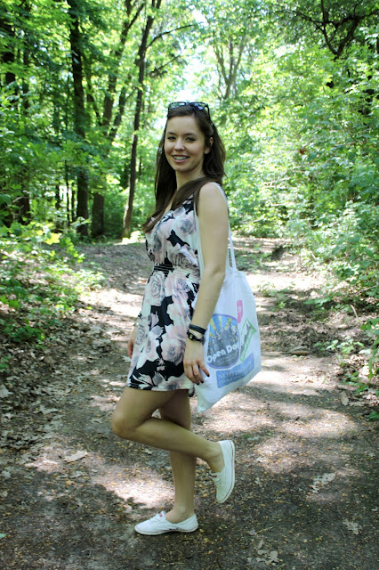 http://wswoimstylu.blogspot.com/2013/06/baweniania-sukienka-idealna-na-lato.html
