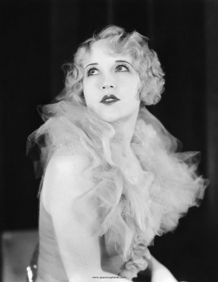 1920s Women Fashion Flapper Images & Pictures - Becuo