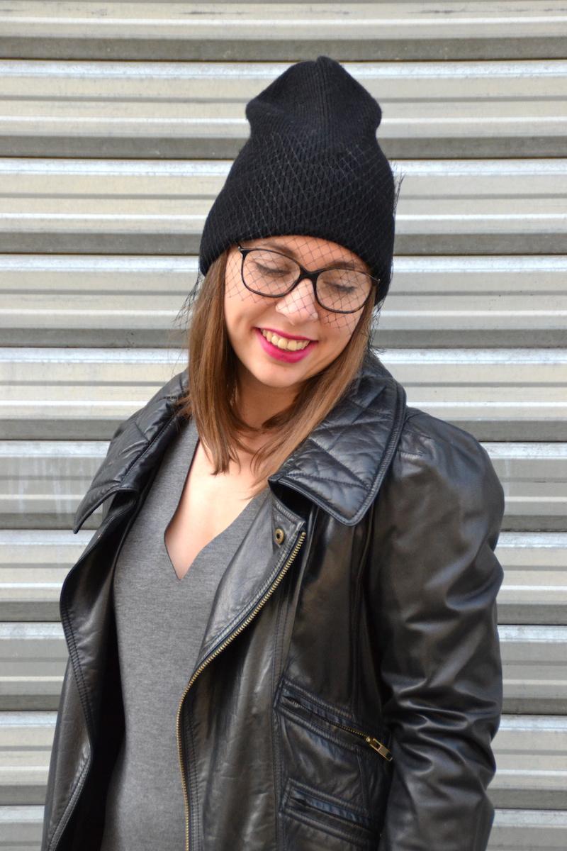 robe Néoprène Opullence, perfecto Isabel Marant, bonnet a voilette H&M, boots suzanna, montre cluse