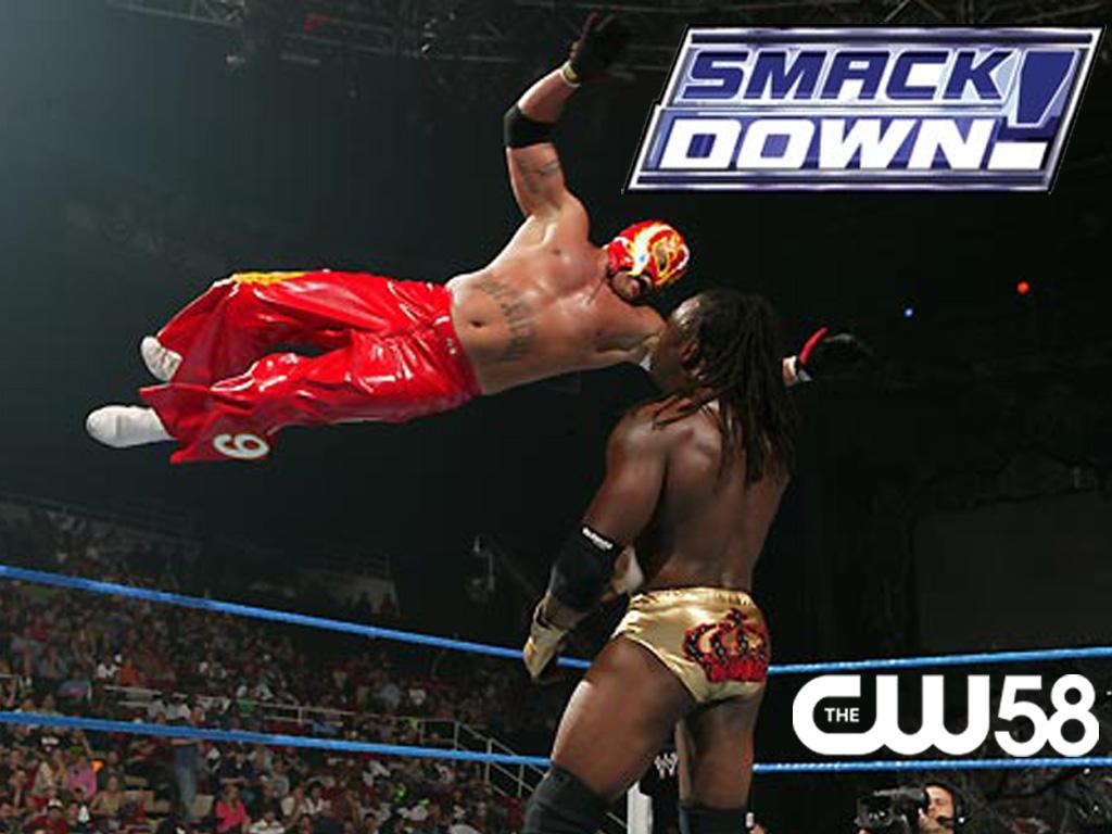 smack down mungkin karena para pemain smackdown juga bertingkah laku