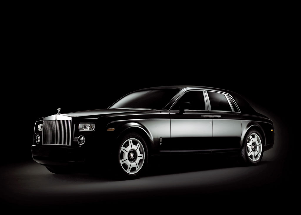 ilona wallpapers royal royals car wallpapers latest 2011 hd wallpapers. Black Bedroom Furniture Sets. Home Design Ideas