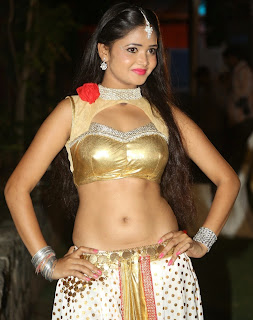 Shreya Vyas 4.jpg