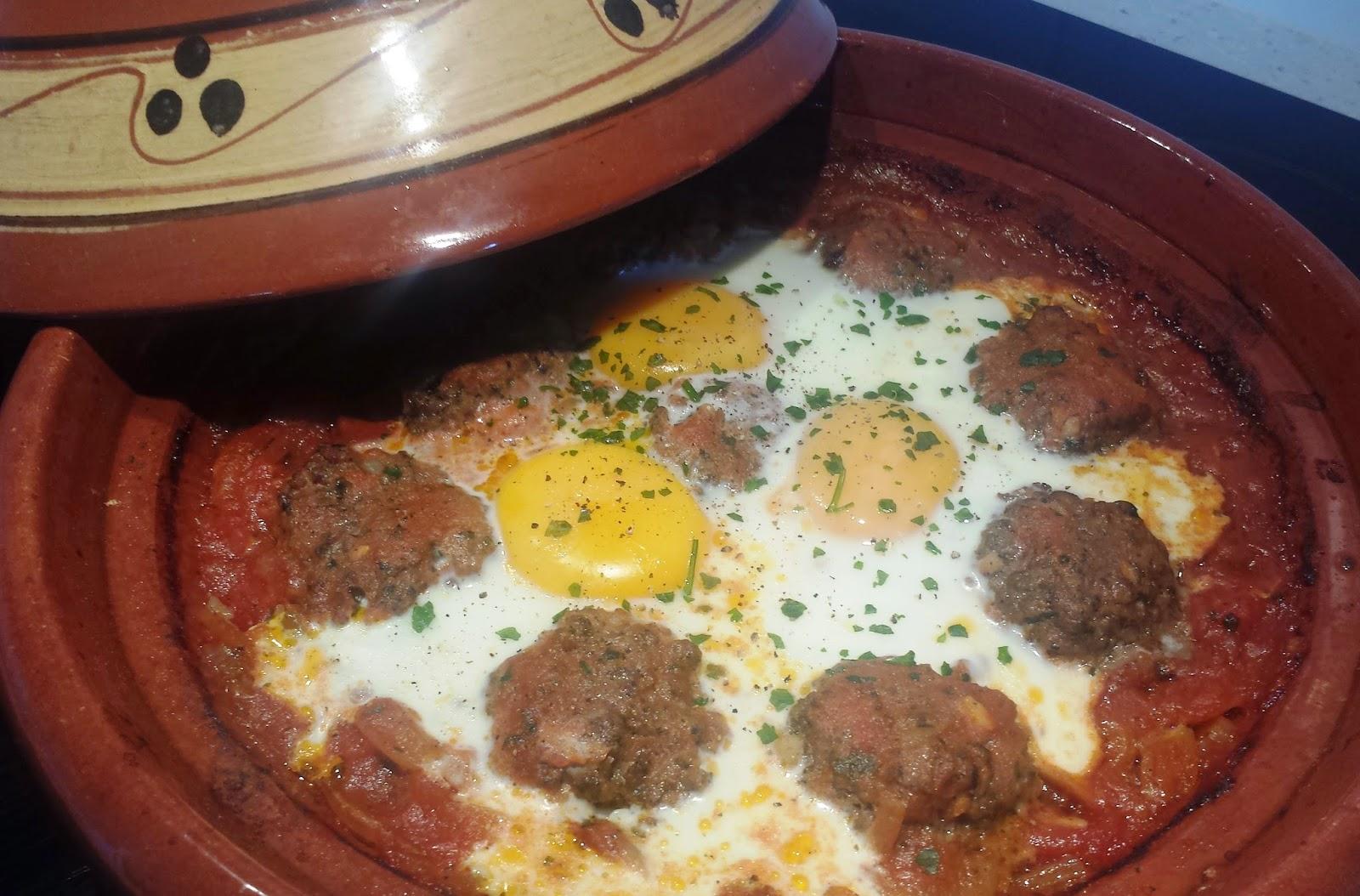 Tajine de kefta aux ufs blogs de cuisine for Plat convivial rapide