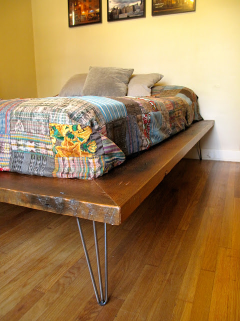 Hairpin bed frame