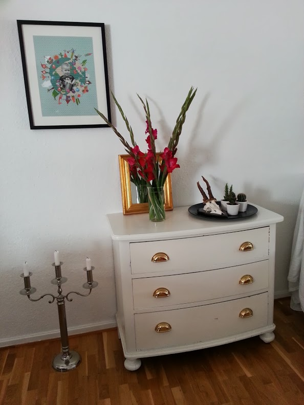 strawberryonion kommode diy. Black Bedroom Furniture Sets. Home Design Ideas