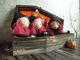 Little Darlings Vampire art dolls coffin LuLusApple