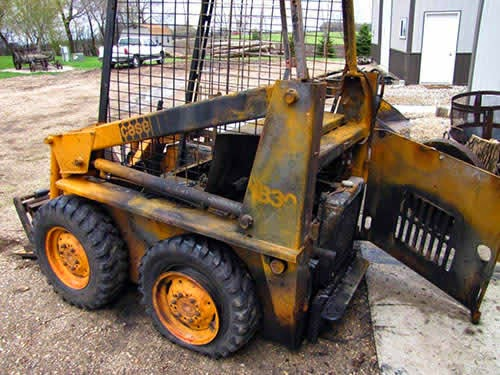 case 1830 skid steer salvage parts